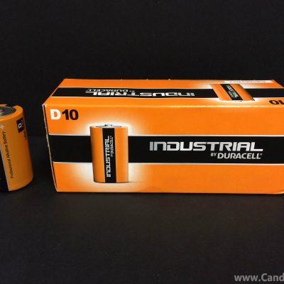 box of 10 D batteries